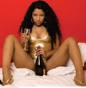 nicki_minaj_hot_or_not-21