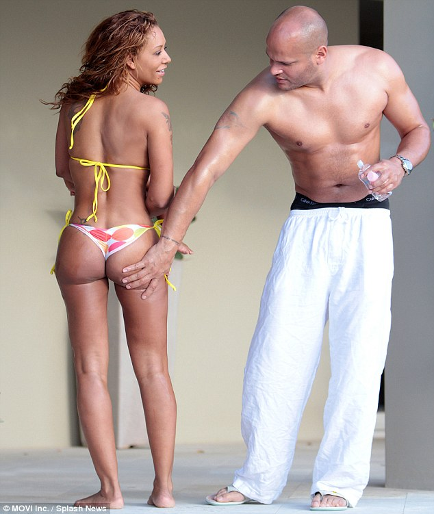 mel-b-bikini-husband-Stephen-Belafonte-shirtless