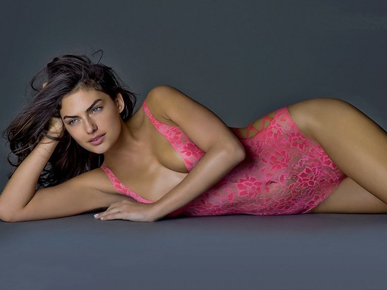 alyssa-miller-body-painting_101929-1600x1200