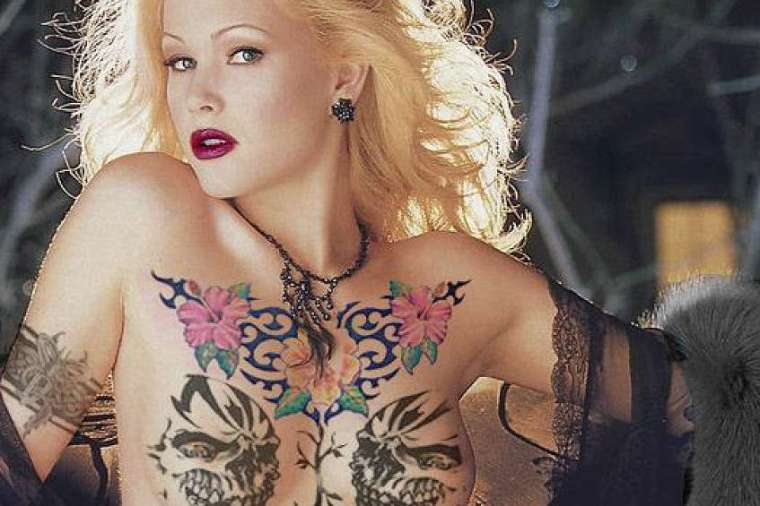 artikelbild-01-10-sexy-tattoos-was-nerds-aus-frauen-zaubern