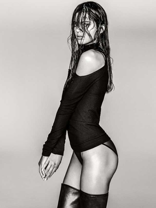 Kendall-Jenner-Sexy-in-Russell-James-Photoshoot-03-cr1410879038243-435x580
