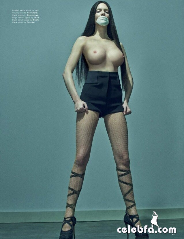 kendall-jenner-topless-for-love-magazine-2